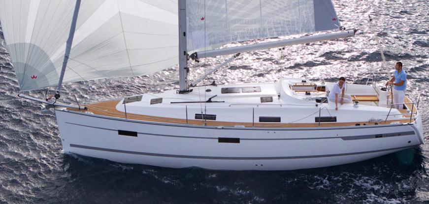 navegando en barco de vela vacaciones en el mar bavaria 36 viajes en familia
