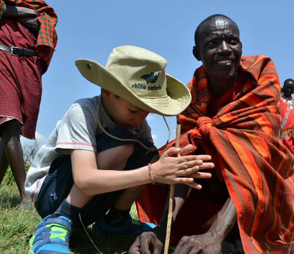 Ana M Buscando al Rey Leon Verano 2016 Fuego Masai