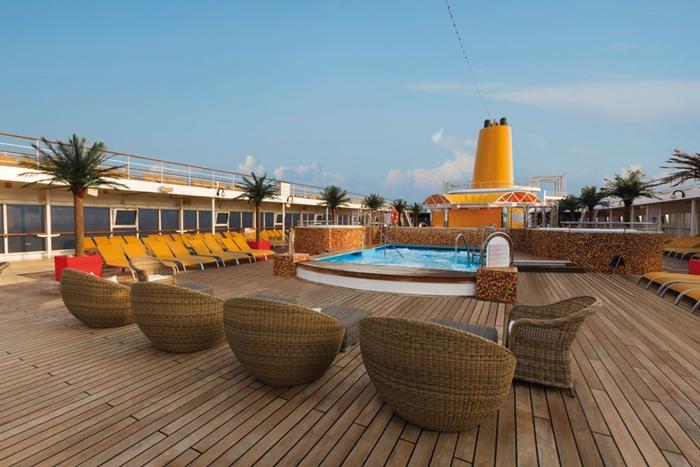 Costa NeoRiviera piscina2 vctf