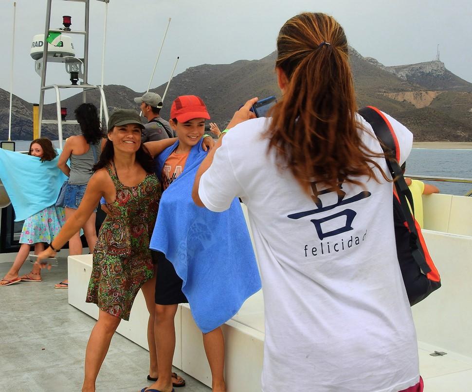 Isabel C Aventura en Cabo de Gata Verano 2017 Felicidad