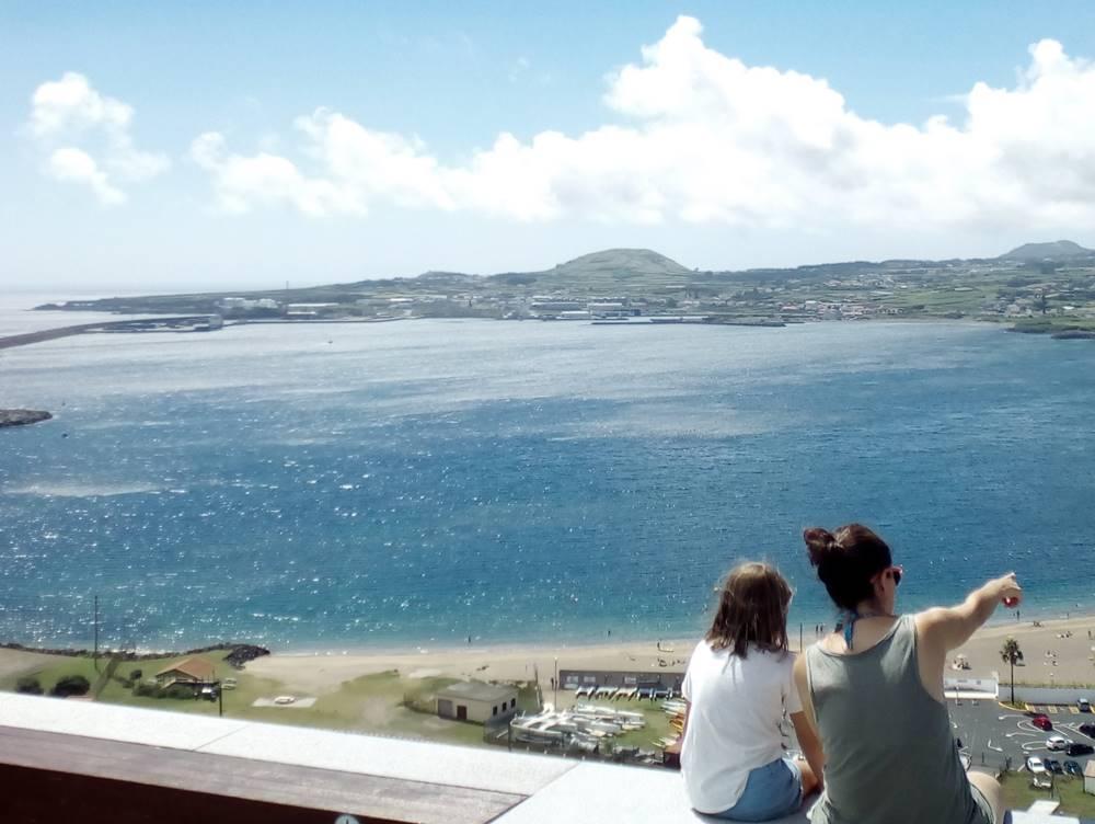 María Ermita B Viaje a la Atlantida Alla resopla