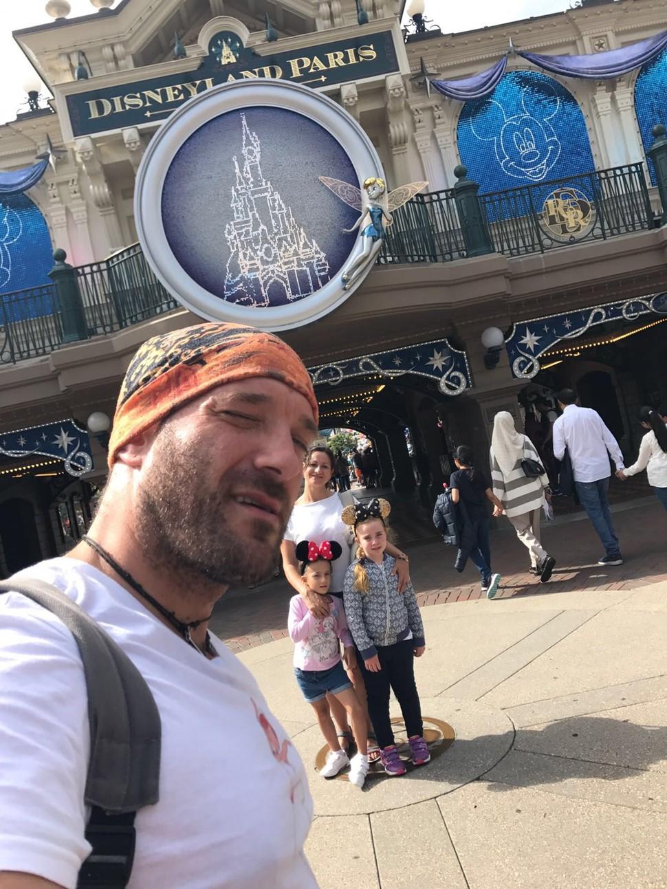 María del Rosario R Vacaiones en Disneyland París 02