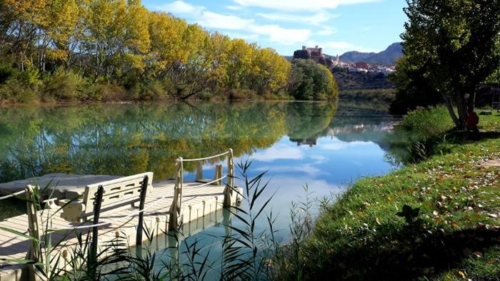Cofrentes rio balneario