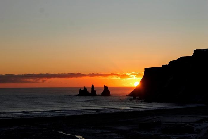 playa negra islandia