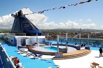 piscina cruise