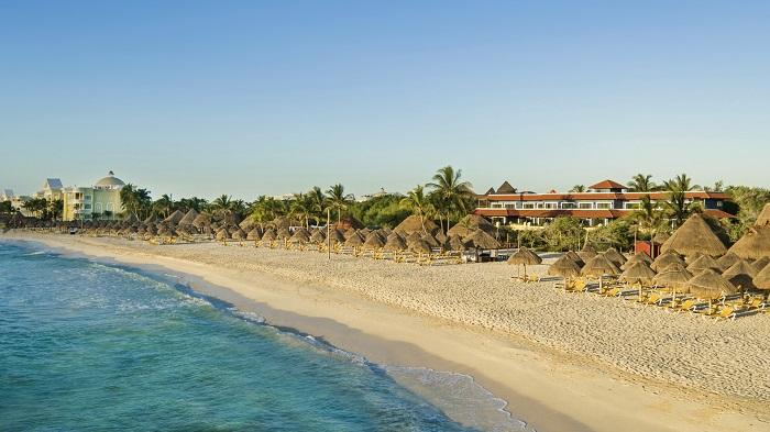 playa riviera maya tesoro