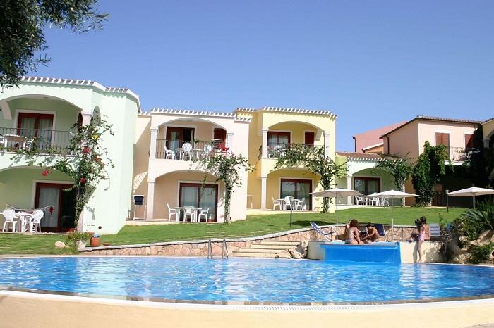 residence badus esterni piscina